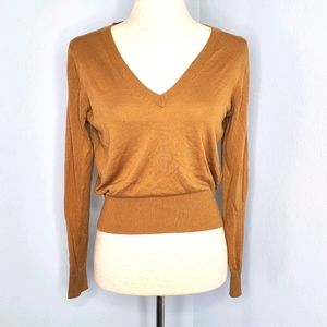 H&M womens top sweater sz M brown cropped vneck